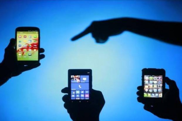 Ponsel Illegal Masih Marak: Kemendag Dinilai Tidak Jalankan Tugas dan Fungsinya
