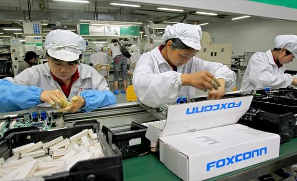 Pabrik Foxconn di China Tutup, Produksi iPhone Terancam?